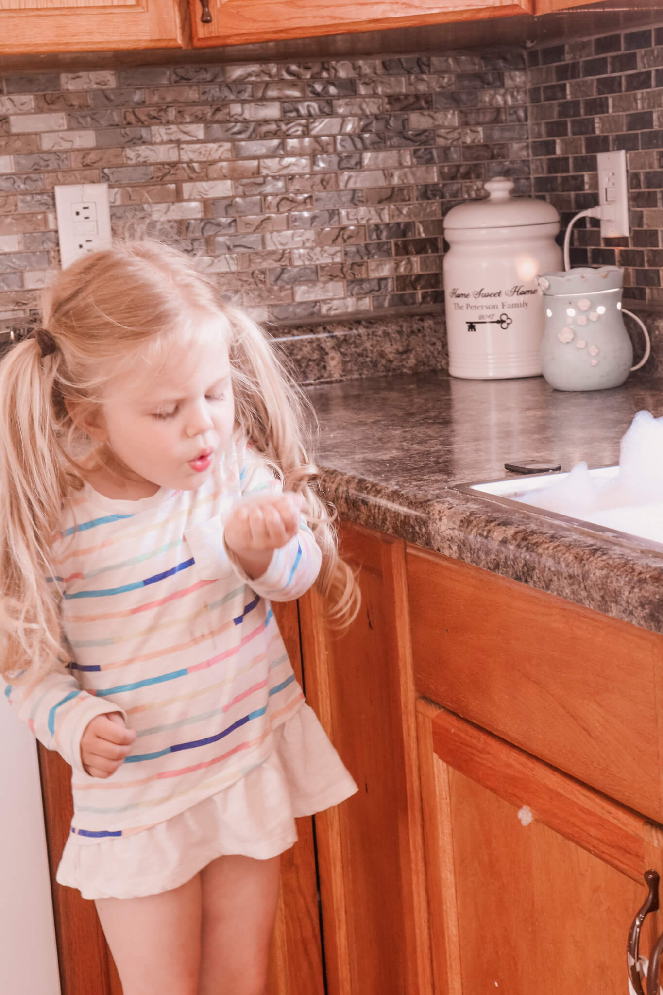 Sneaky Ways To Keep Your House Clean With Toddlers