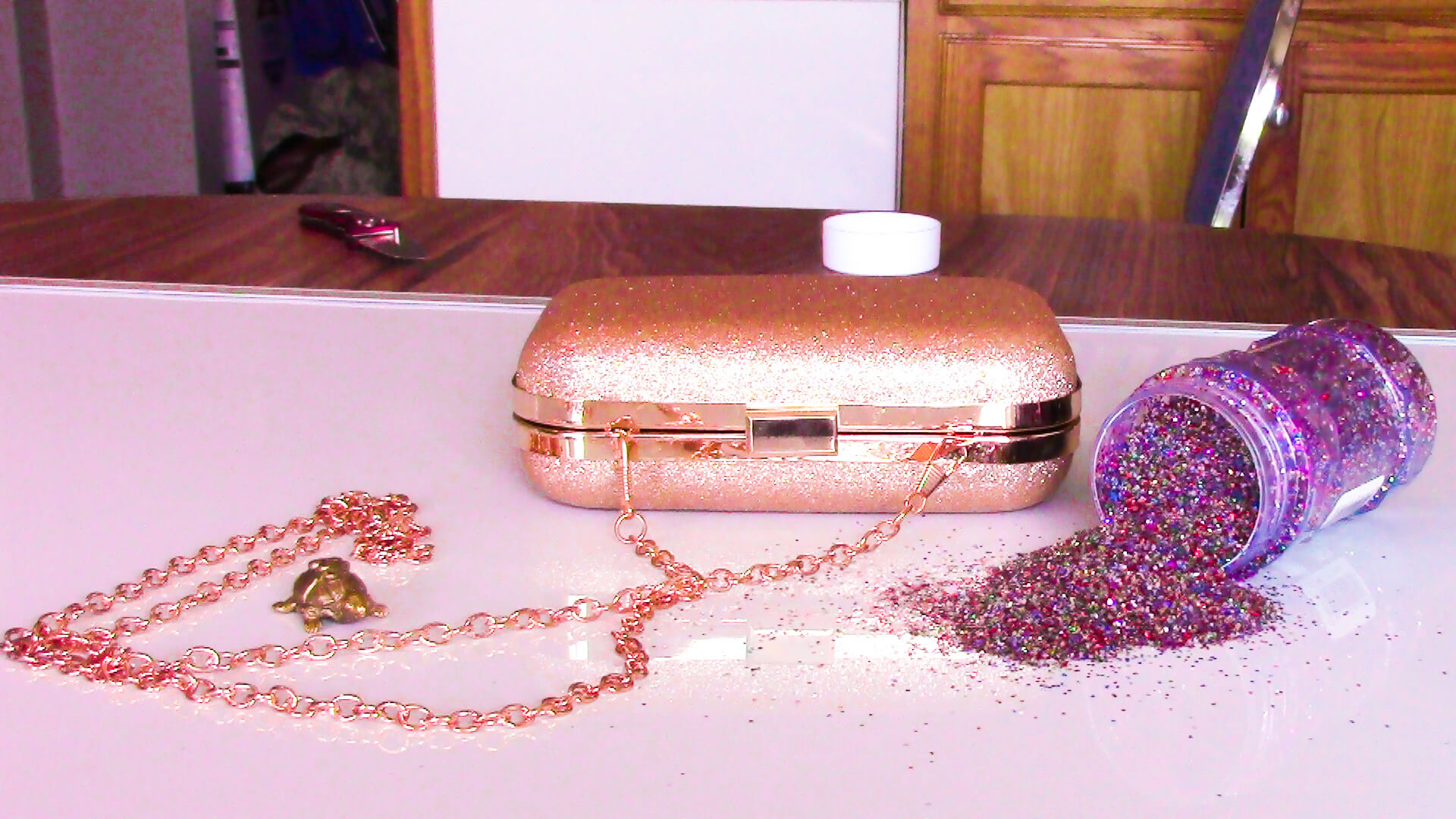 Supplies to Make Glitter Clutch